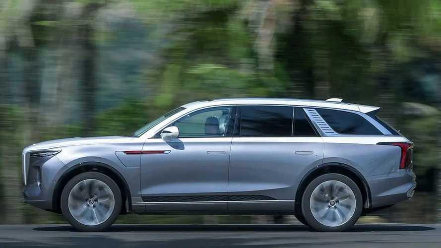 SUV elétrico chinês de luxo começa a ser exportado para a Europa