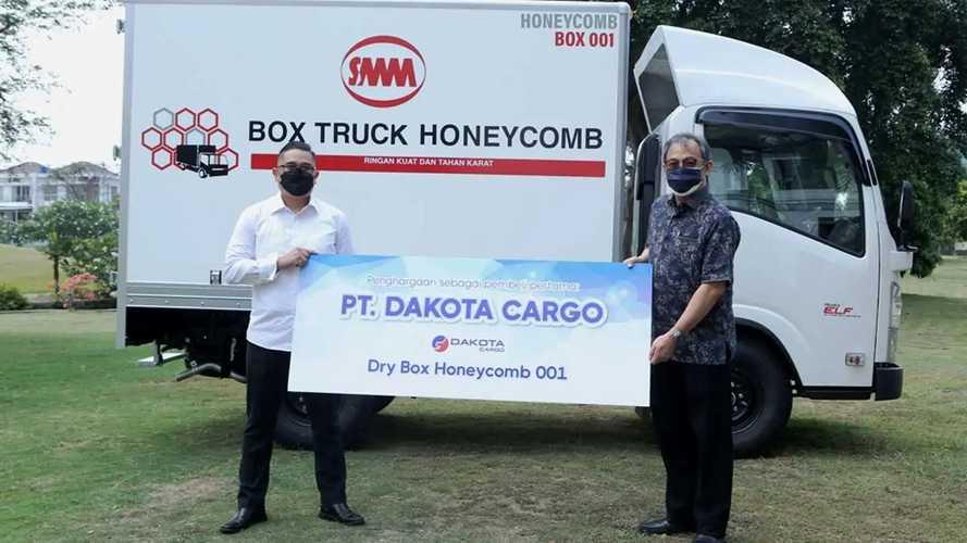 Pertama di Indonesia Box Honeycomb Lebih Ringan dari Aluminium
