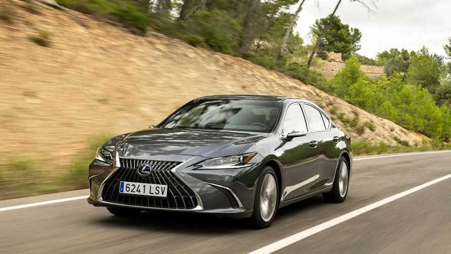 Lexus ES 300h (2021) im Test: Voll. Hybrid. Ober. Klasse.