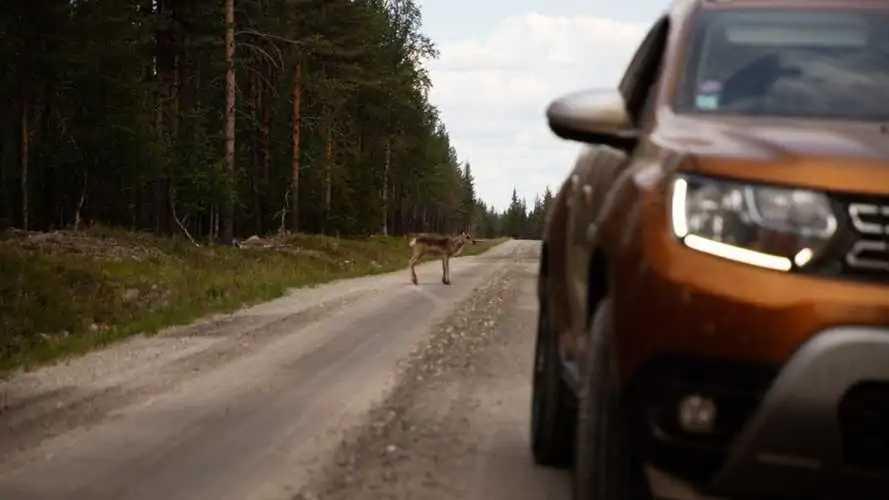 Dacia Duster, scelta per la spedizione di sei kayakisti estremi in Lapponia