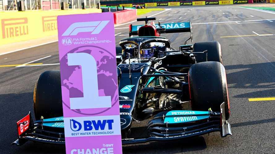Britanya GP: Hamilton cezaya rağmen kazandı!