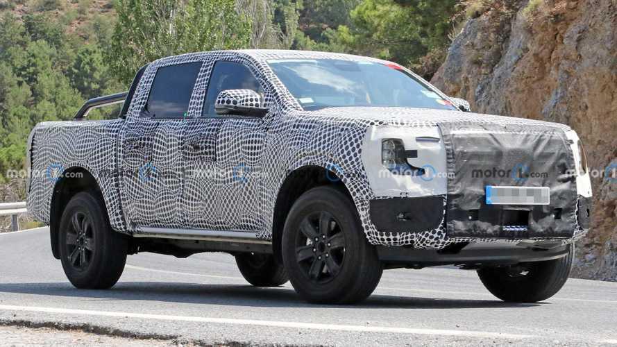 Flagra: nova Ford Ranger 2023 aparece na versão híbrida plug-in