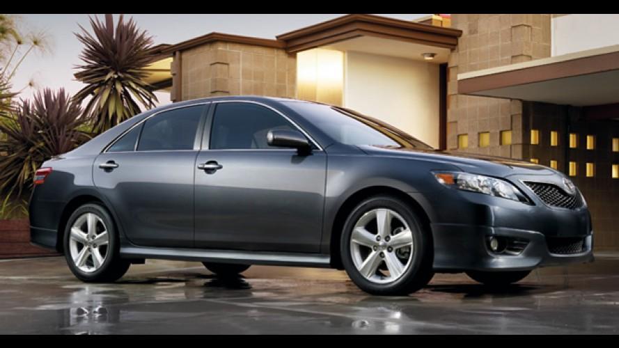 Acelerador preso: Toyota diz que alguns casos aconteceram por erro dos motoristas