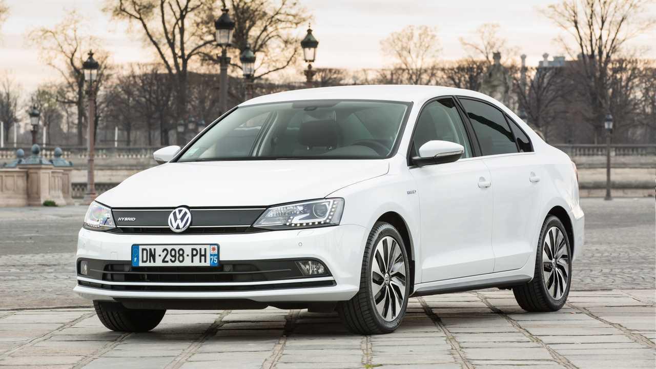 Volkswagen Jetta Hybrid - 2013