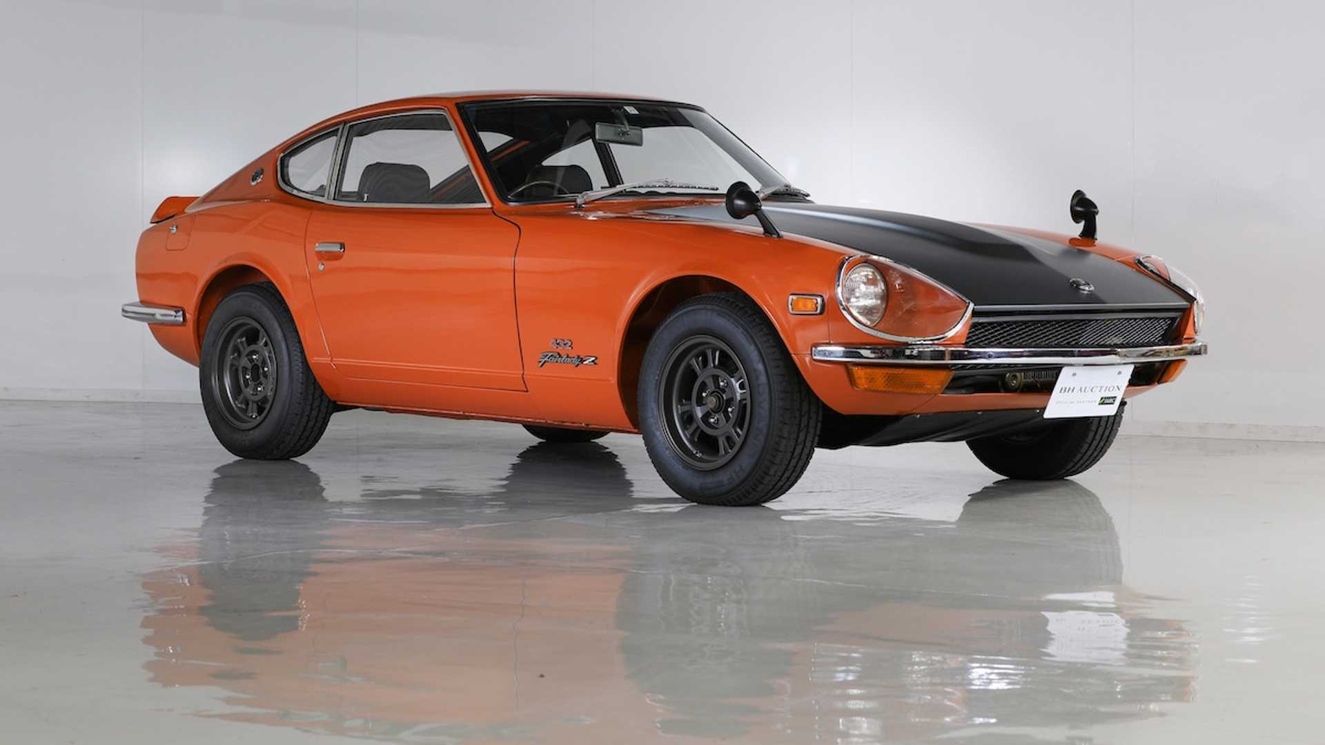 "[""1970 Nissan Fairlady Z432R Auctions For $804K In Japan""]"