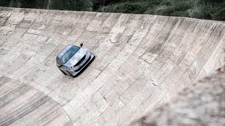El 508 Peugeot Sport Engineered se deja ver en Terramar