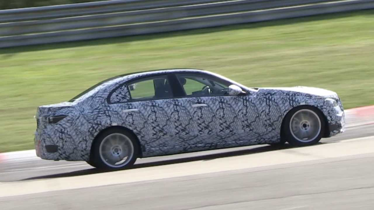 2021 Mercedes C-Class spied at Nürburgring for the first time