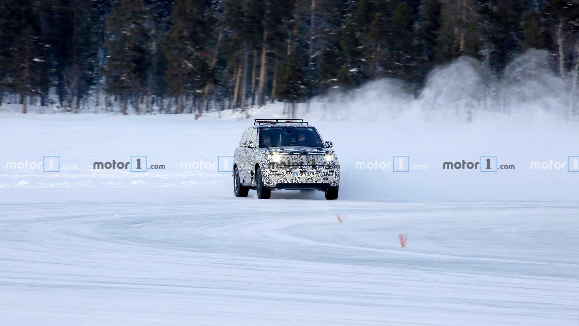 Land Rover Range Rover Sport spy photo