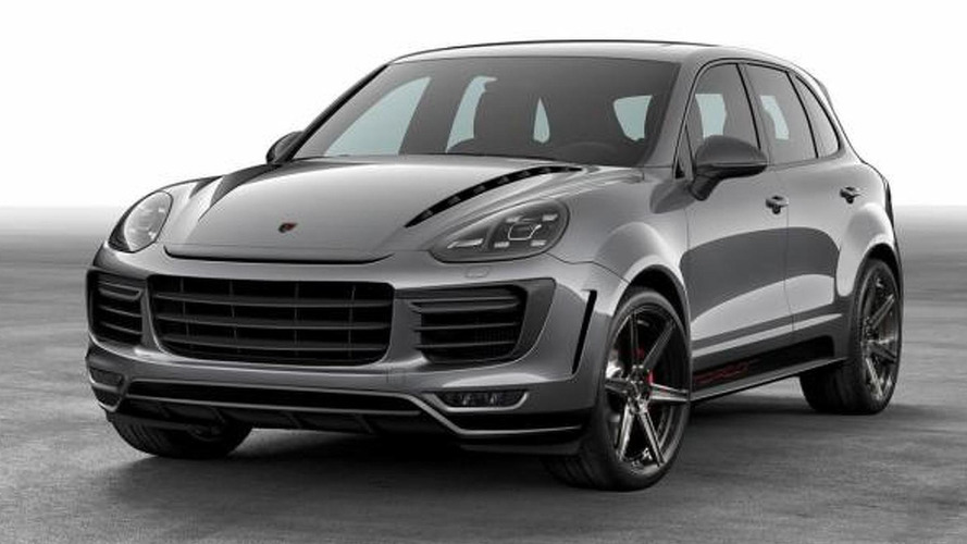 2015 Porsche Cayenne receives aero kit from TOPCAR