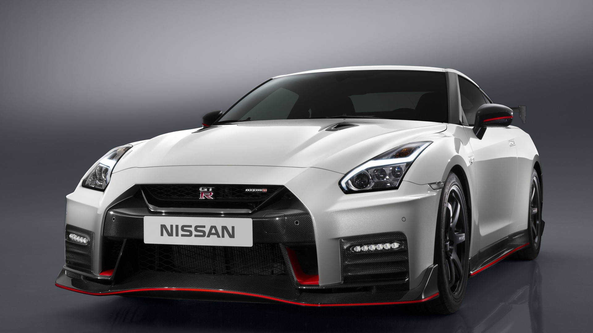 2017 Nissan Gt R Msrp >> Nissan Gt R Nismo Pricing Announced For France Germany And Uk