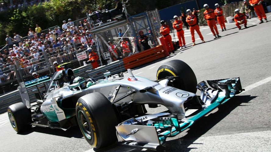 Stewards probe Rosberg's 'deliberate' mistake