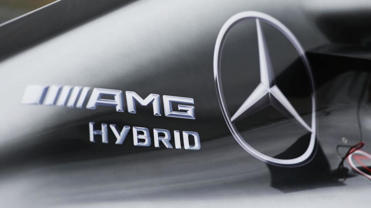 Mercedes AMG F1 W05 engine cover / XPB