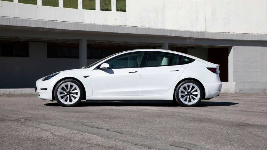 Tesla Model 3 AWD Long Range (2021)