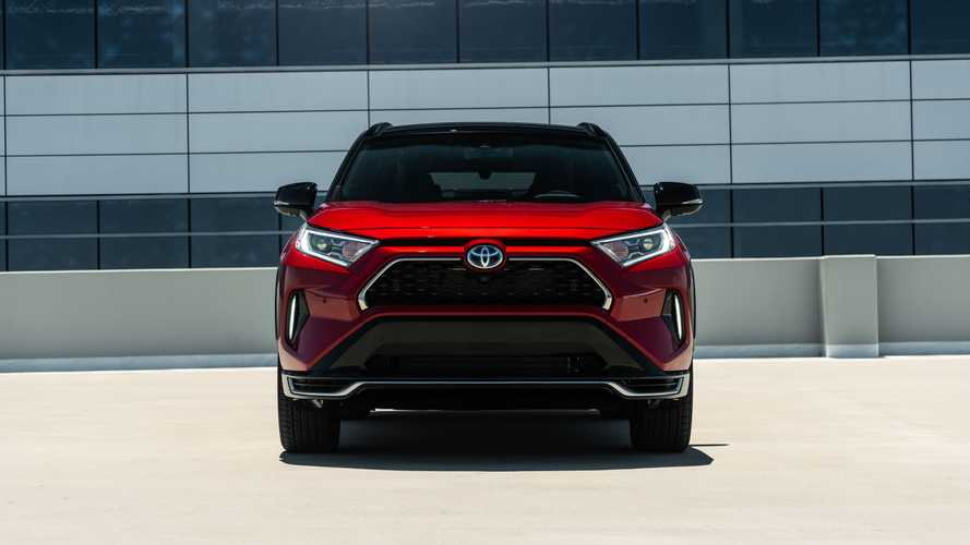 Europe: Toyota Significantly Increased Plug-In Car Sales