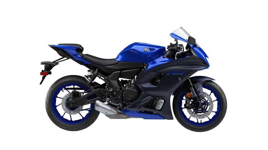 Yamaha YZF-R7 2022: Pengganti R6 yang Juga Ingin Dicintai