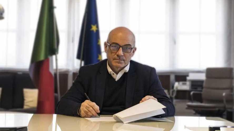 Finalmente il piano italiano per le colonnine. Ma serve (molto) di più