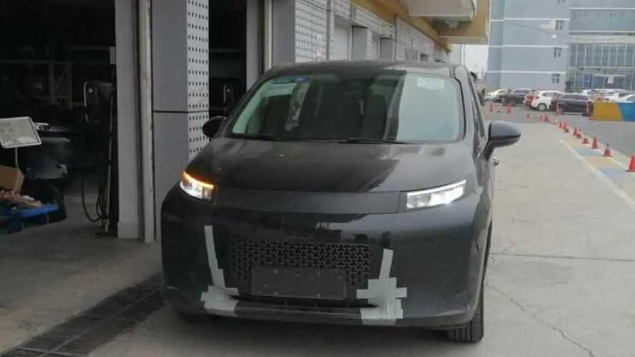 Li Auto может запустить новую модель. Ею станет минивэн