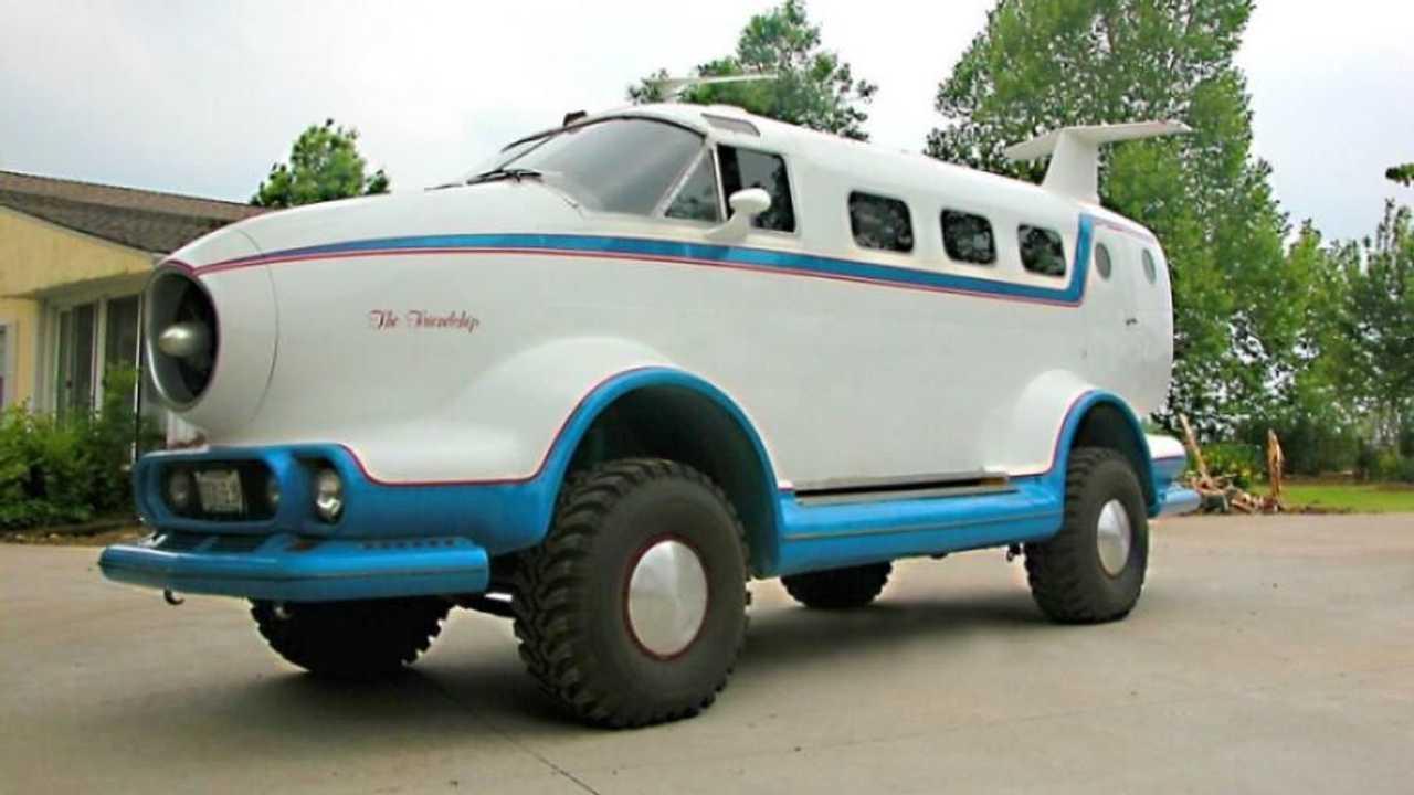 Jeep Cherokee con carrocería de avión en Rusia