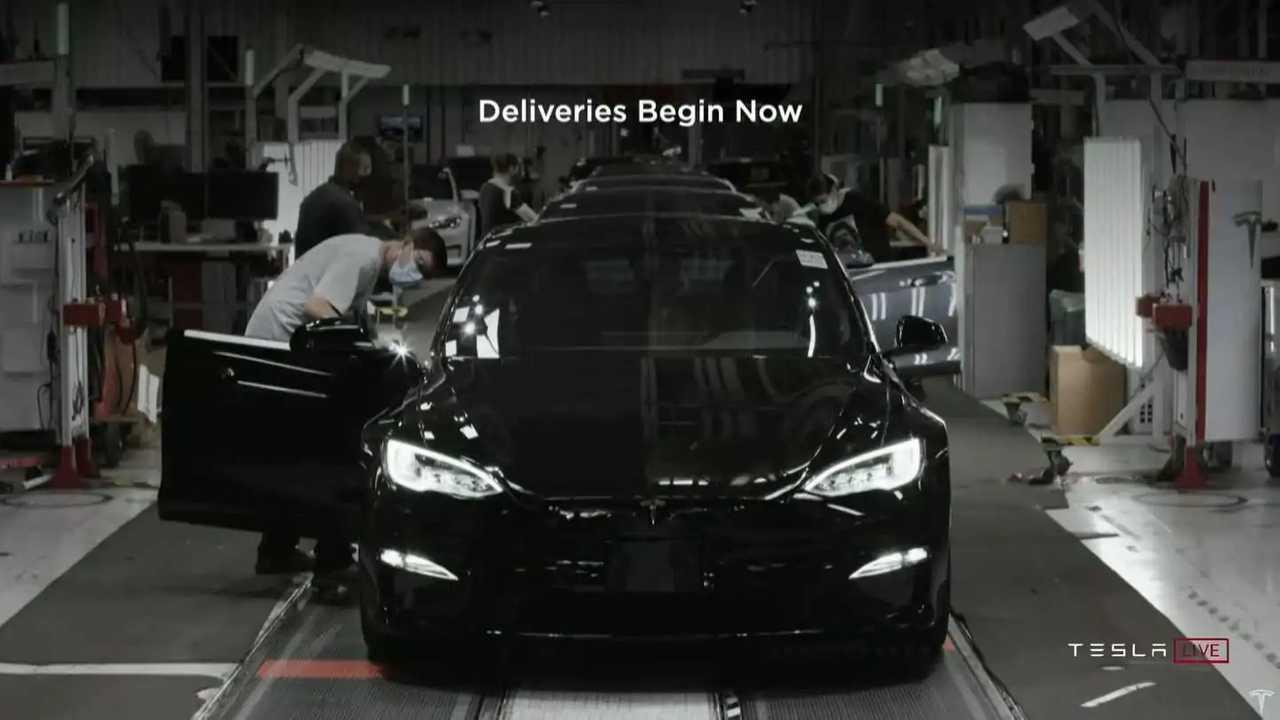 Tesla Model S kockás gyártás
