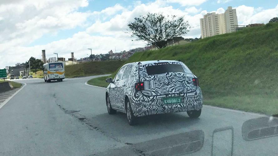 Flagra - Perseguimos o novo VW Polo 2018 na estrada