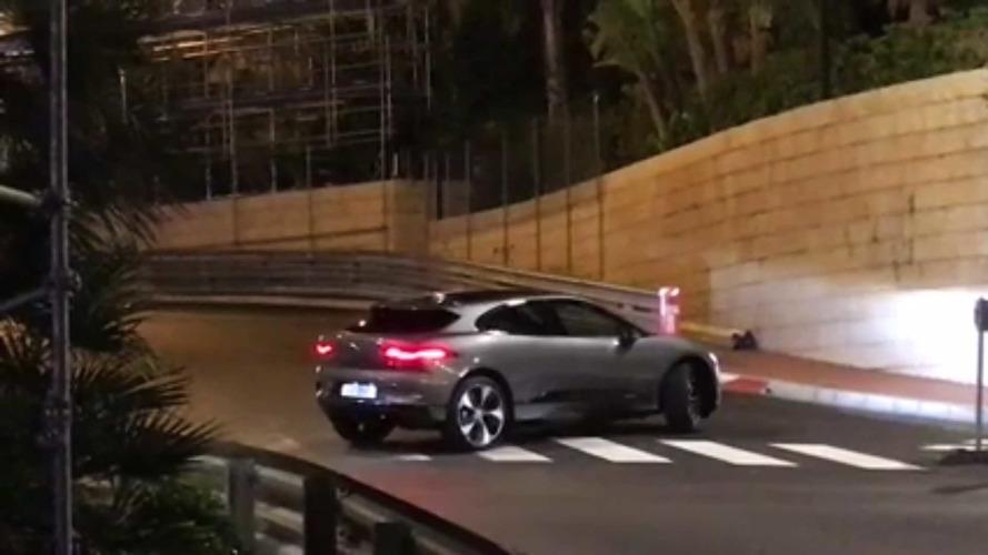 Flagra - Jaguar I-Pace 2018 aparece sem camuflagem em vídeo