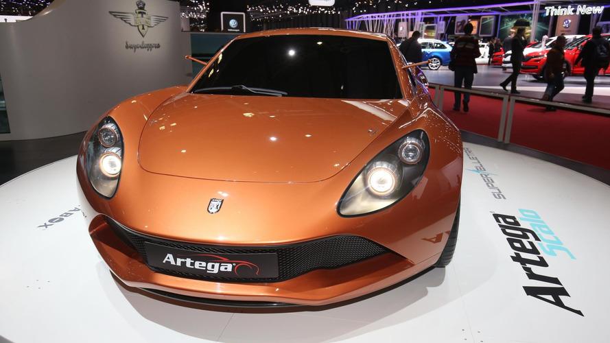 Artega Scalo Superelletra has 1,020 electric hp, central driver's seat