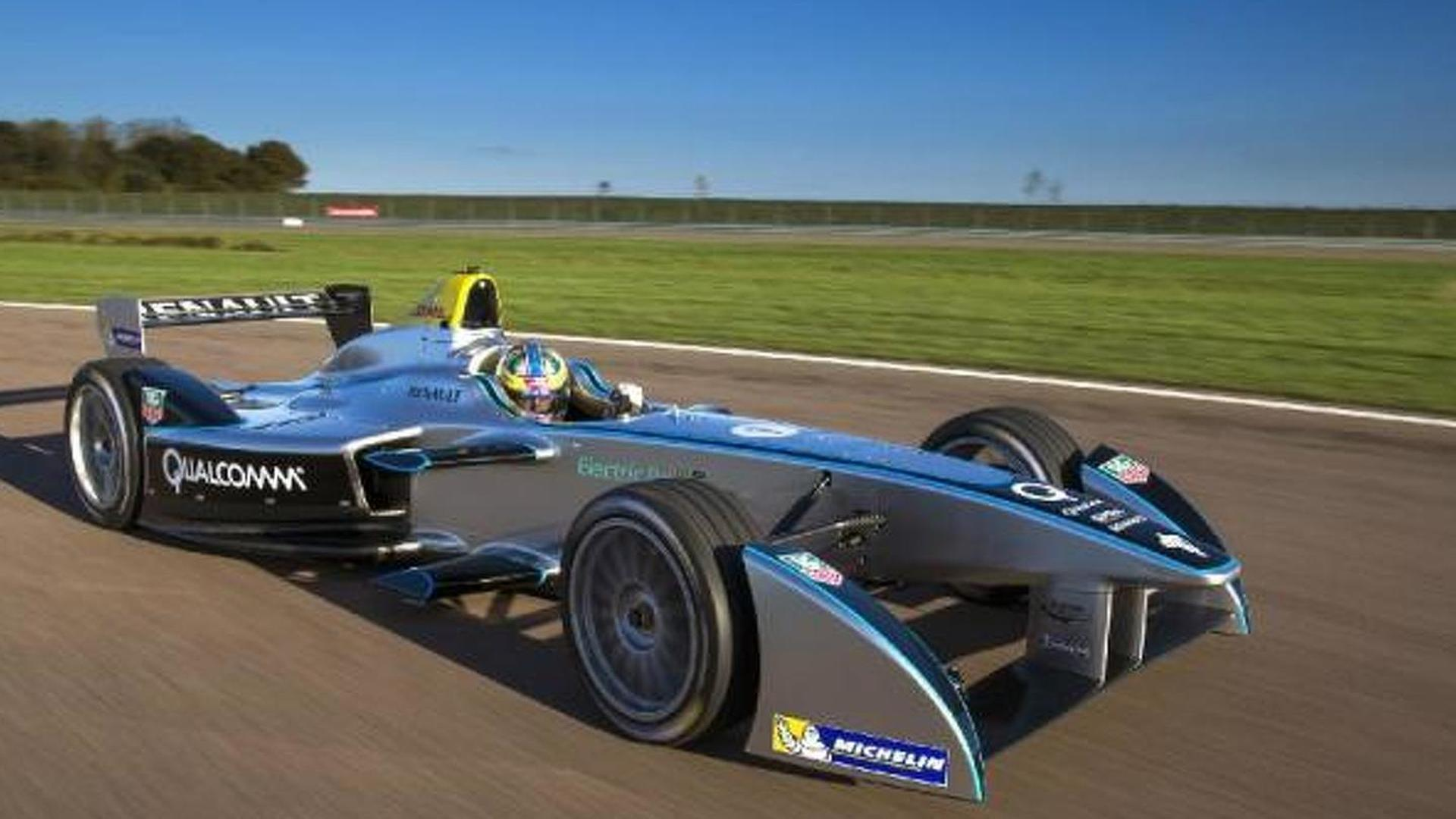 Spark Renault Srt 01e Formula E Race Car Hits The Track For First Time Video