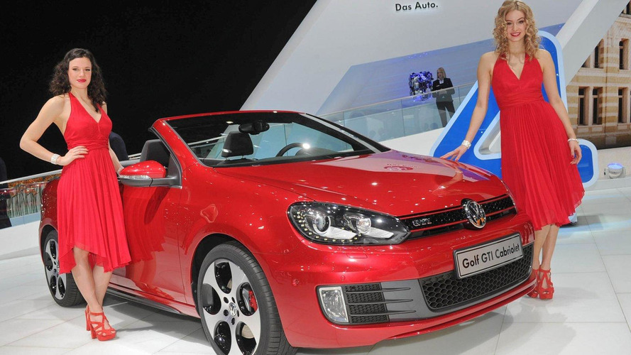 New Volkswagen Golf GTI Cabriolet live photos in Geneva