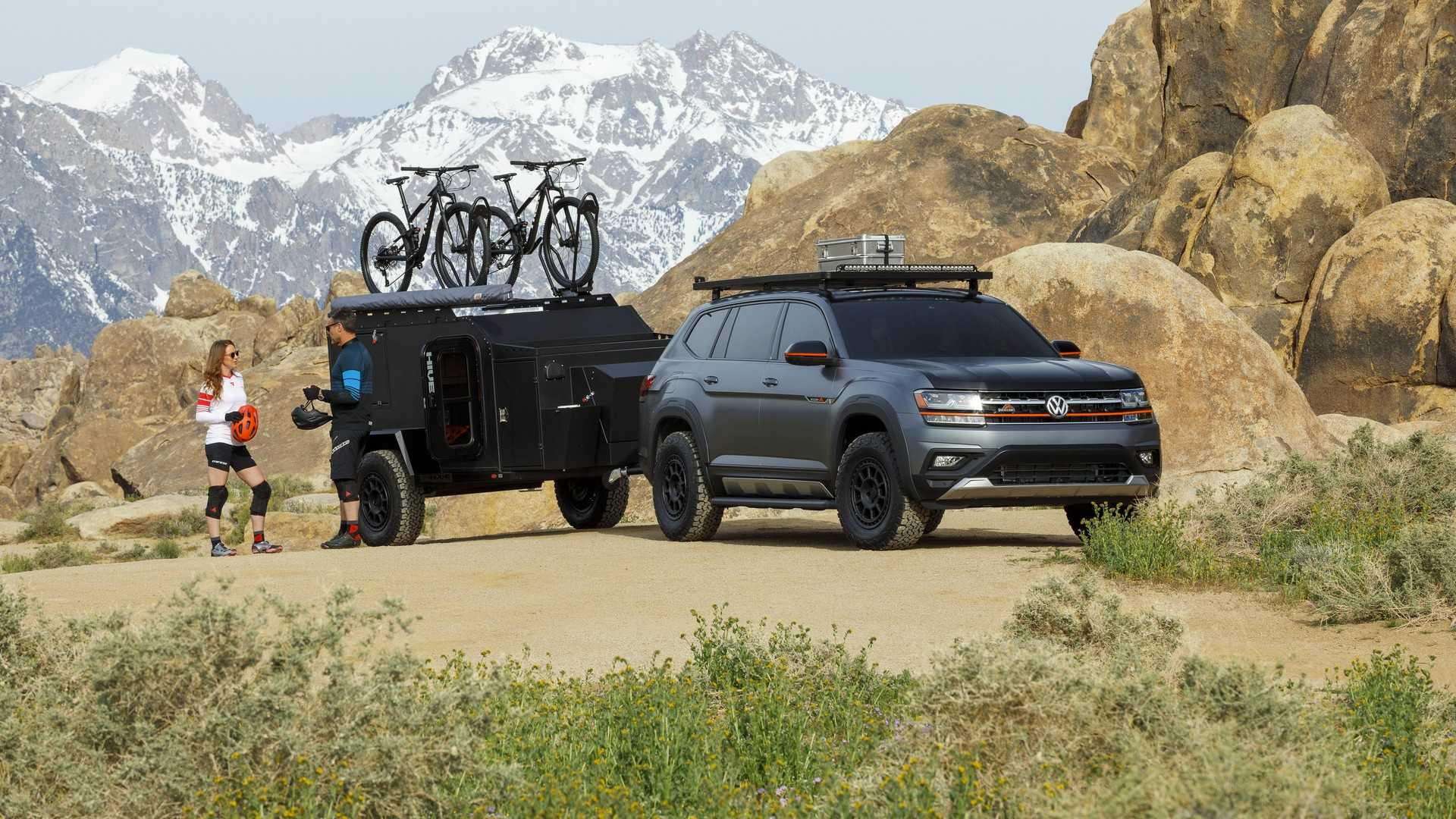 Volkswagen представил аксессуары для Atlas  в концепт-каре Basecamp