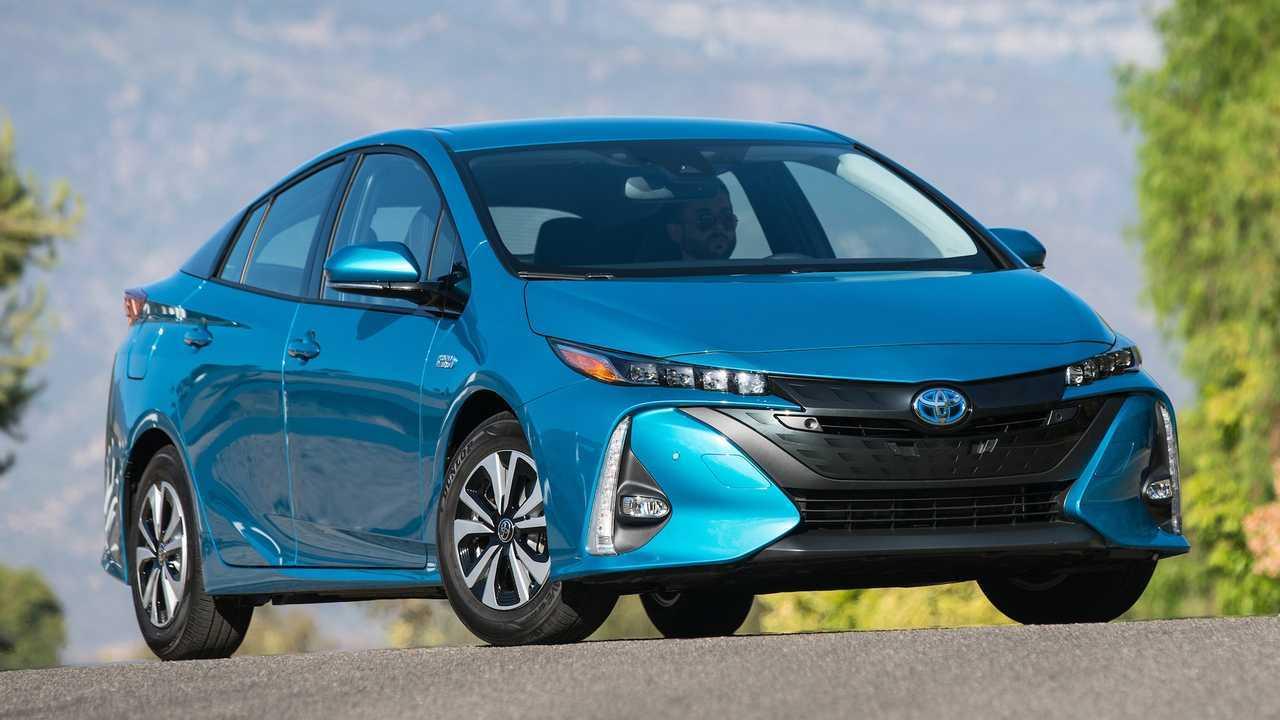 Hybrid/Alternative Energy Car: Toyota Prius Prime Plus