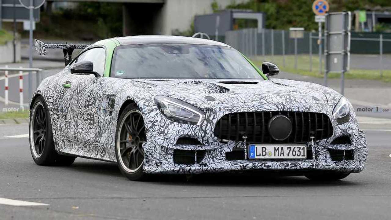 Foto spia Mercedes-AMG GT R Black Series