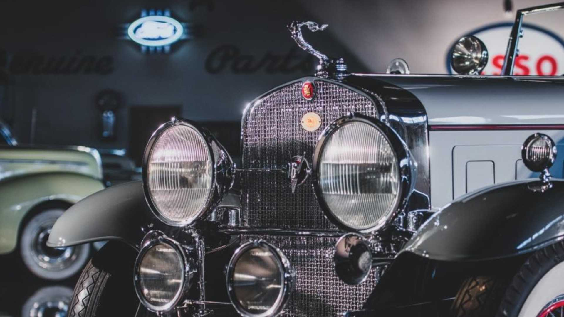 "[""This 1930 Cadillac V16 would destroy any modern car""]"