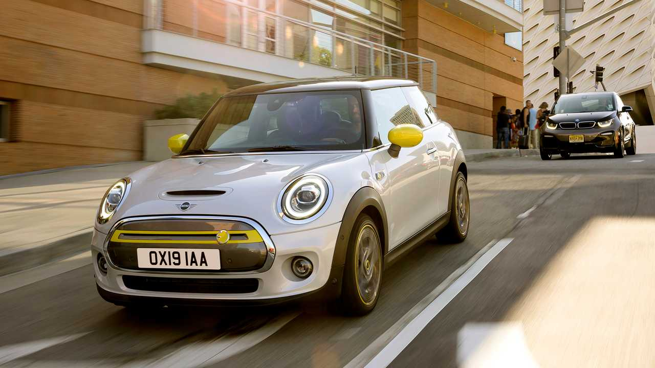 New MINI Electric Draws Over 40,000 Customers To Register