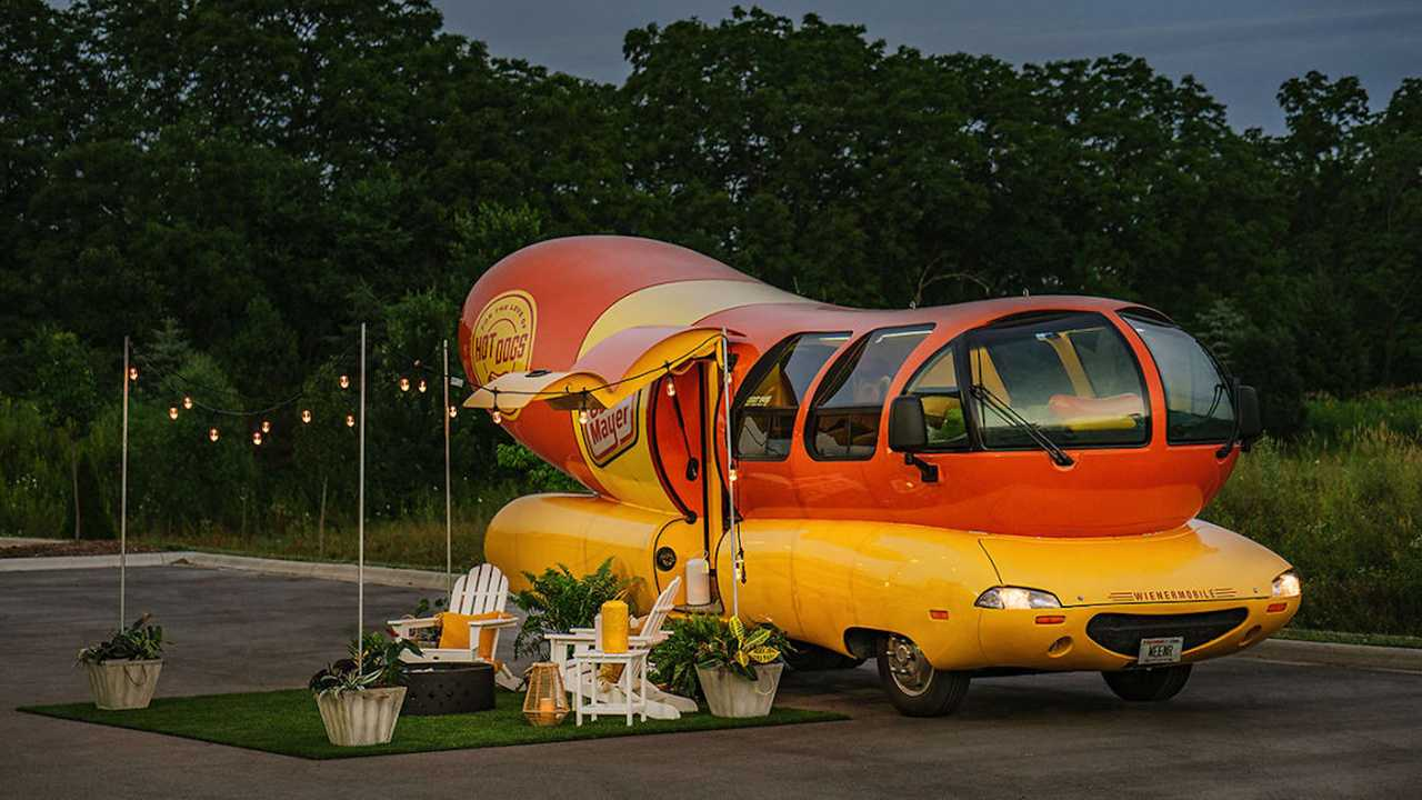 Oscar Mayer Weinermobile Now On Airbnb For Rent