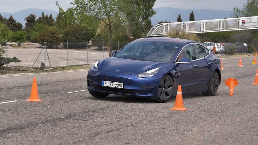 How Does The Tesla Model 3 Fare In The Dreaded Moose Test? Watch This