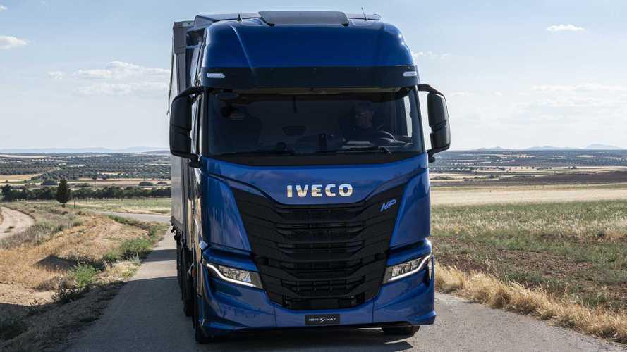 Camion a Metano arrivano sconti sui pedaggi anche in Italia