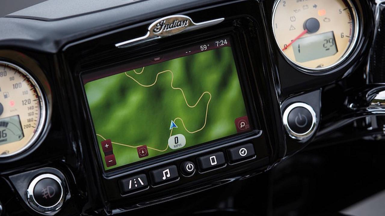 Indian Unveils New Infotainment System for Roadmaster, Chieftain