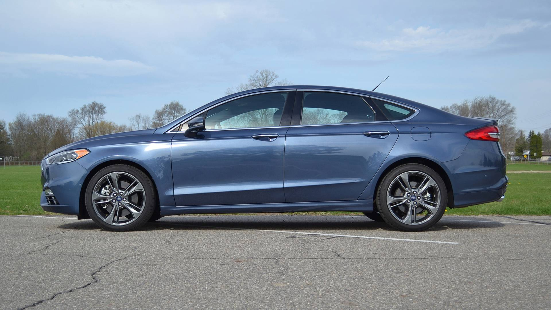 Ford Fusion Sport >> 2018 Ford Fusion Sport Review Relaxed Despite Its Name