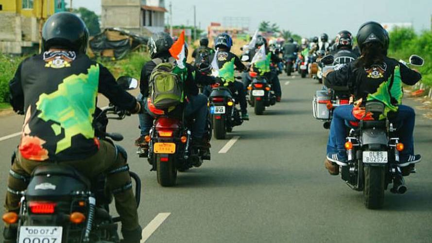 Motorcyclists Celebrate Indian Independence Day