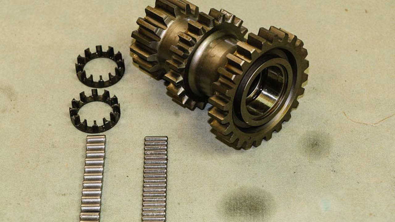 The main cluster gear contains the three gears that make this a three speed transmission.