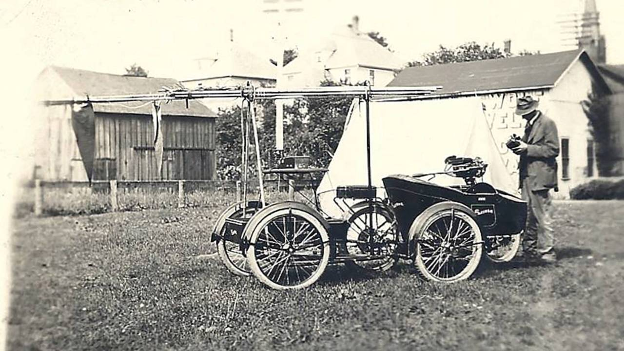 <strong>This interesting rig was built for a couple traveling around the world. It included a Flxible sidecar as well as trailer built at the Flxible factory for hauling radio equipment. Photo courtesy of the CRF Museum / Mohican Historical Society, Loudonville Ohio.</strong>