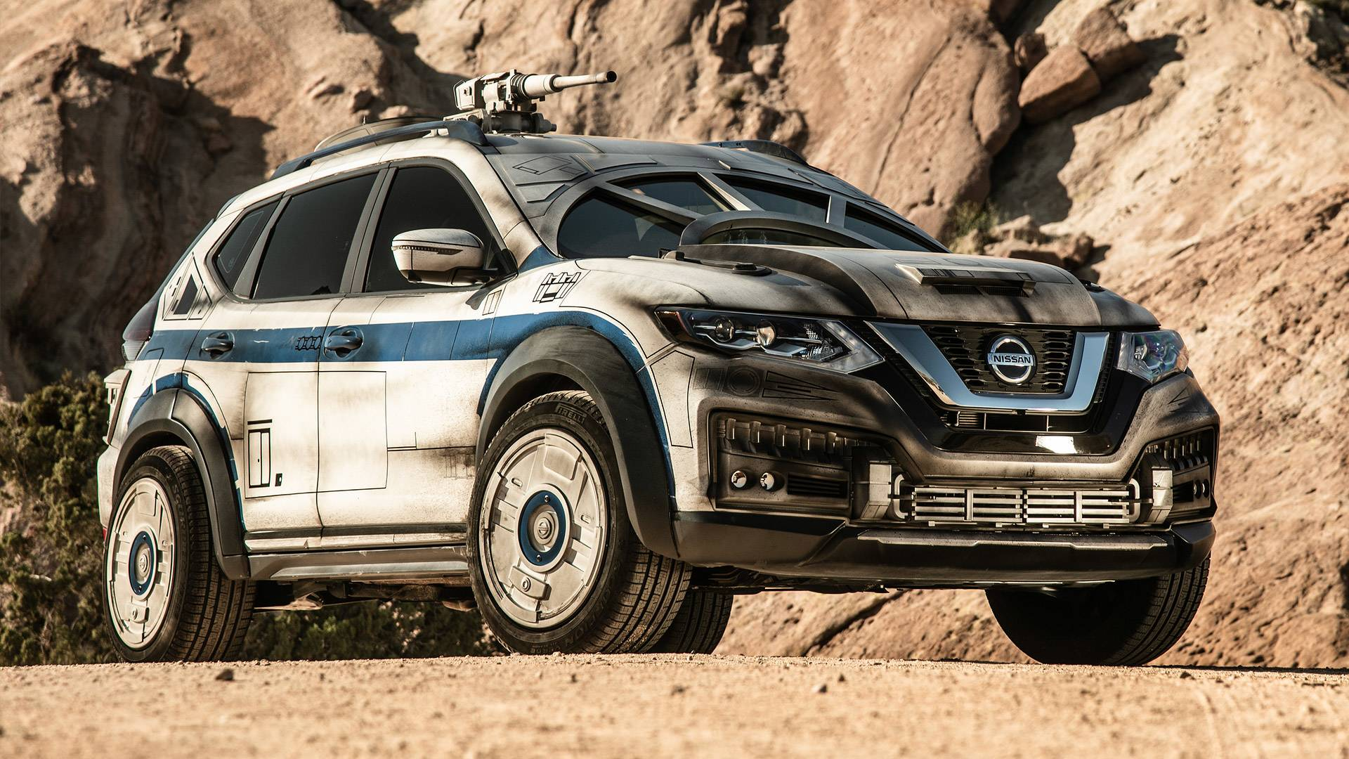 Nissans Millennium Falcon Inspired Rogue Hits Red Carpet Nissan Xtrail Offroad Modified