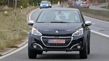 Peugeot 1008 foto spia