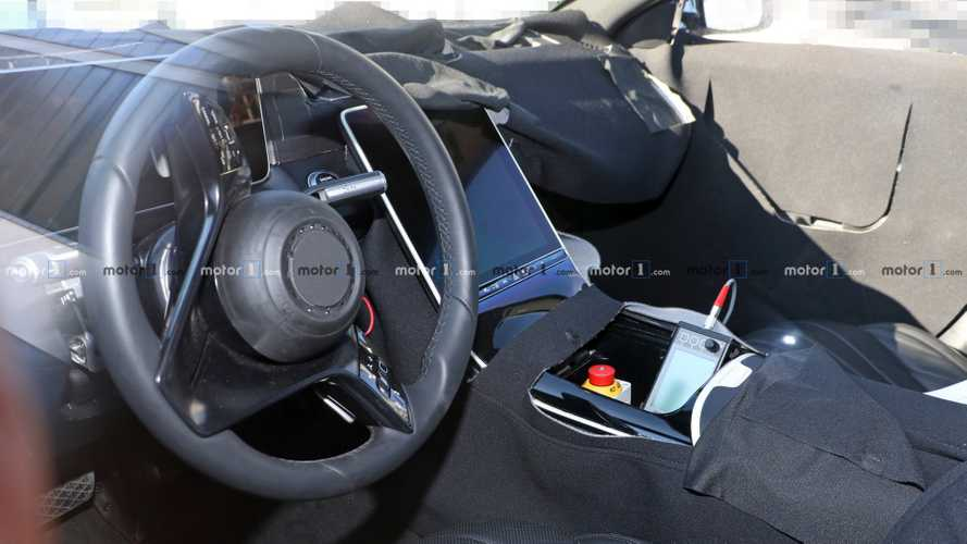 2020 Mercedes S-Class interior spy photos