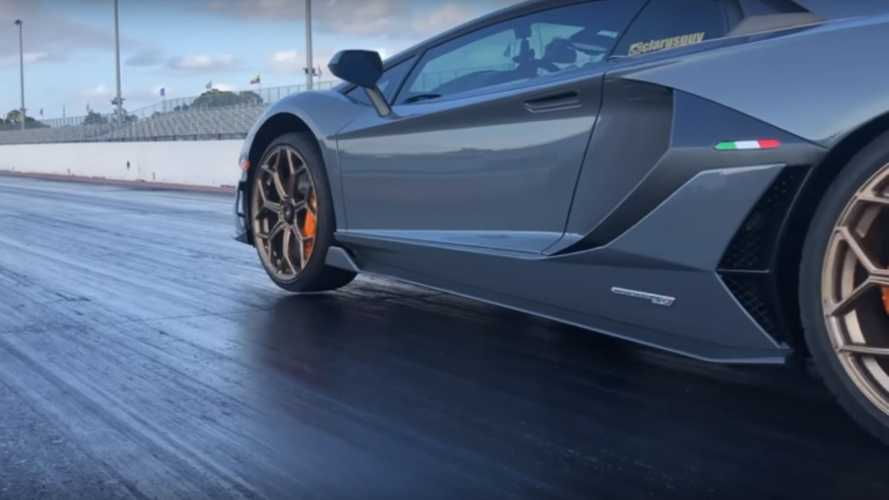 watch this lamborghini aventador svj pop a wheelie. Black Bedroom Furniture Sets. Home Design Ideas