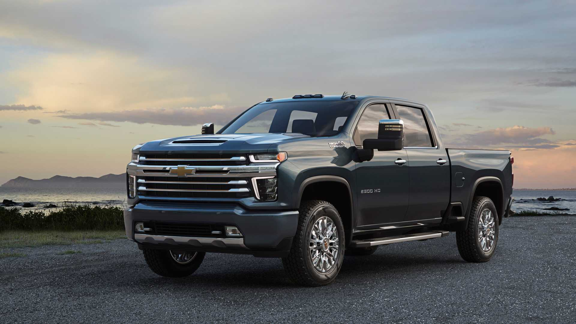 Chevrolet Silverado HD News and Reviews | Motor1.com