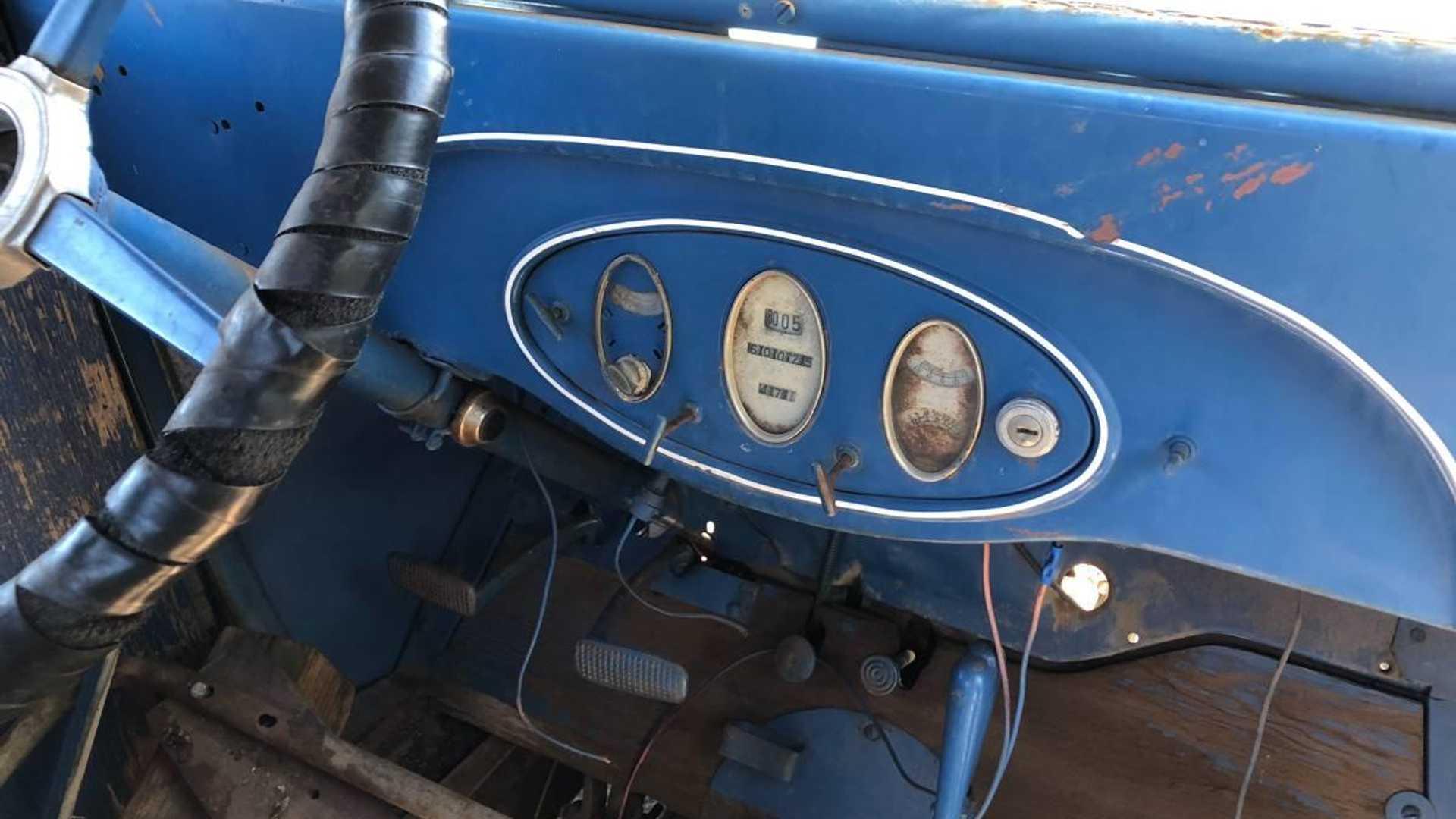 "[""Craigslist Find: 1931 Chevy 1.5-Ton truck with Original Parts""]"