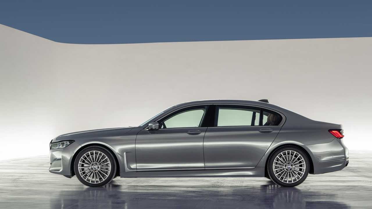 2020 Bmw 7 Series Shows Controversial Facelift In Videos