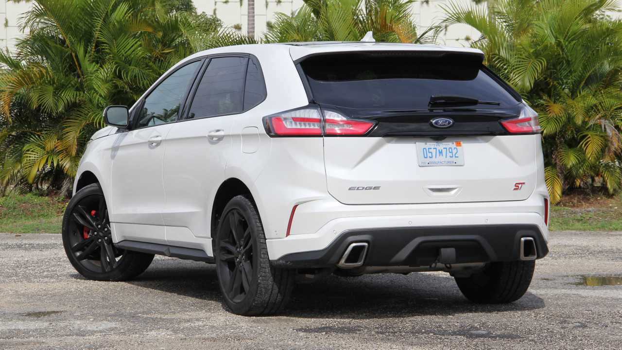 2019 Ford Edge ST: Review