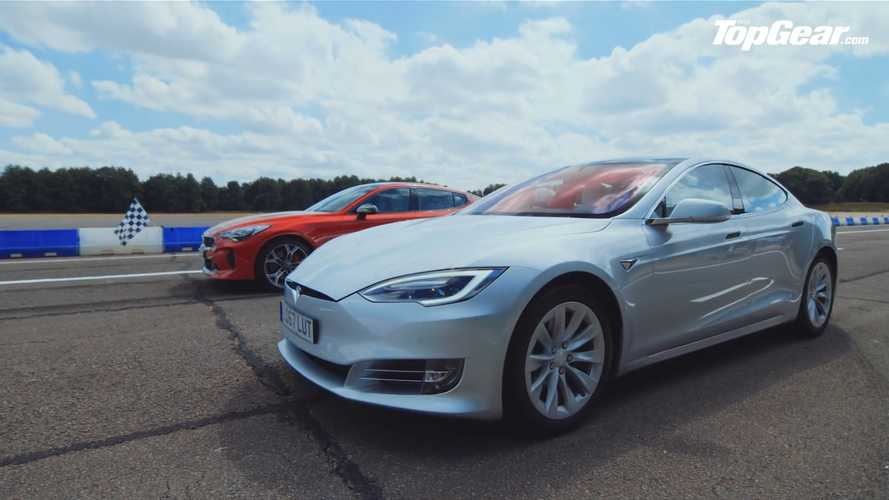 Kia Stinger GT S Drag Races Tesla Model S